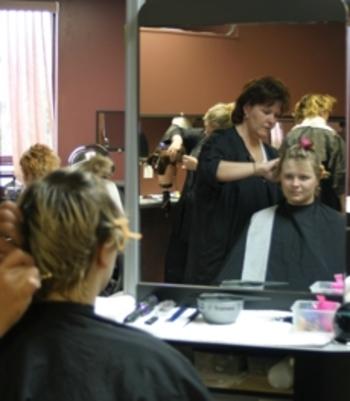 Hairstylist001